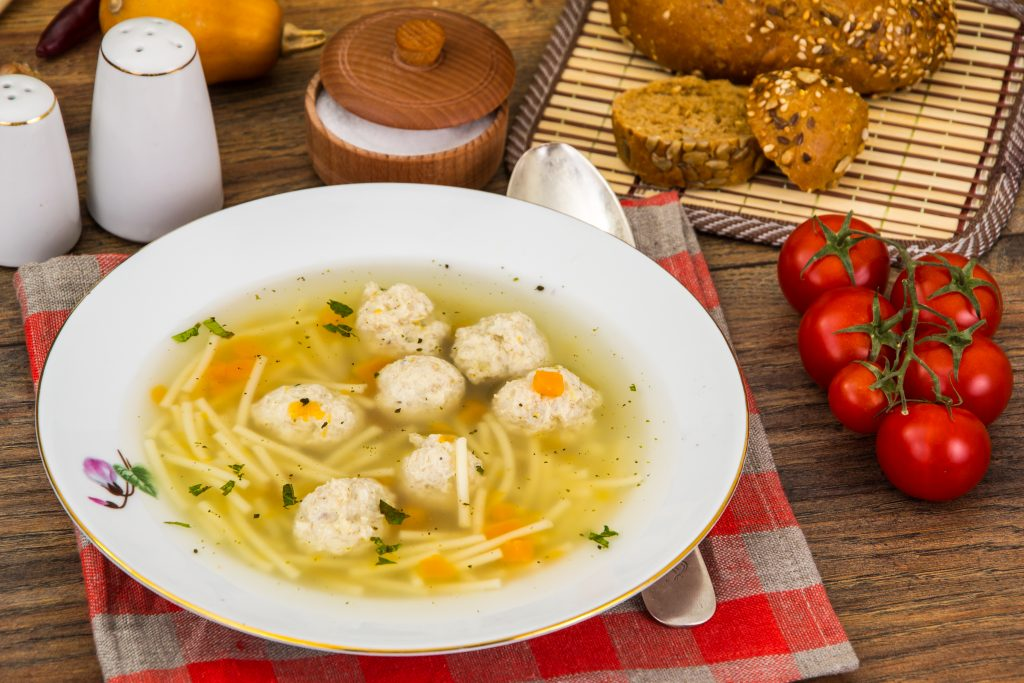 Chicken Ball and Spinach Soup