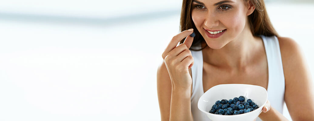 Erase Fine Lines with Berries/Grapes